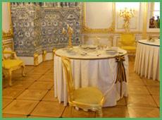 Un particolare di una sala del palazzo di Puskin