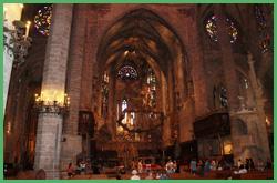 Interno della Cattedrale di Santa Maria di Palma di Maiorca