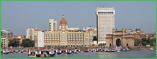 Mumbai vista dal porto di Apollo