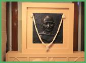 Dedica a Gandhi