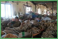 Mercato del pesce essiccato