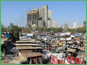 Dhobi Ghat vicino alla stazione